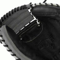 he MarucciA Oxbow Series 33.5 Inch Catchers Mitt features a full-grain cowhide