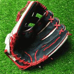 00 OT6 Used baseball glove right hand throw OT6 12.75 inch.</p>