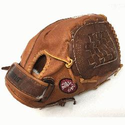 uckaroo Fastpitch BKF-1300C Fastpitch Softball Glove (Right