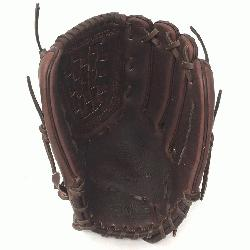Softball Glove 12.5 inches Chocolate lace. Nokona Elite performance ready for play positi