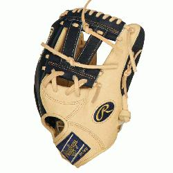 rt of the Hide PRONP7-7CN 12.25 inch Gameday model of San Diego Padres star Manny Machado. C